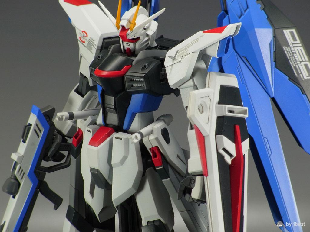 MG 1/100 Freedom Gundam